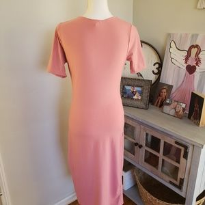 Yelete Dresses - 💥FREE WITH ANY PURCHASE💥Yelete midi dress